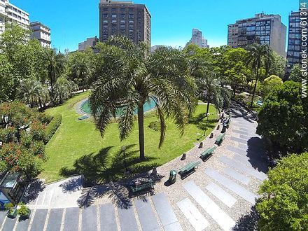 Aerial photo of the Plaza Fabini - Photos of downtown - Department and city of Montevideo - URUGUAY. Image #61314