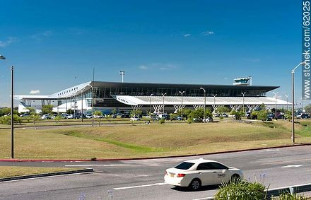Curbelo International Airport at  Laguna del Sauce - Photos of Laguna del Sauce, URUGUAY. Image #62025