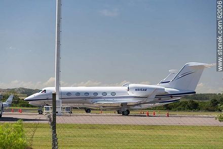 Private jets at the airport in Punta del Este C / C Carlos Curbelo - Photos of Laguna del Sauce, URUGUAY. Image #62006