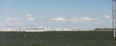 Cruise ship Costa Favolosa in Playa Mansa - Photos of the open sea - Punta del Este and its near resorts - URUGUAY. Image #62061