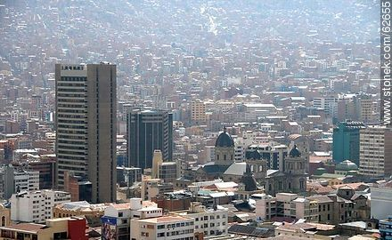Aerial view of the capital from the viewpoint Killi Killi. Domes of the Metropolitan Cathedral - Photos of the City  of La Paz - Bolivia - Others in SOUTH AMERICA. Image #62655