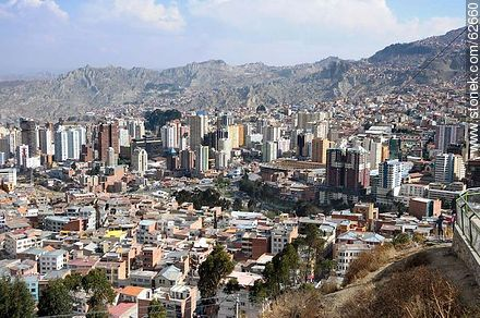 Aerial View of the capital from the viewpoint Killi Killi - Photos of the City  of La Paz - Bolivia - Others in SOUTH AMERICA. Image #62660