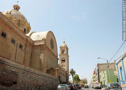 Callao Street. Domes of Cathedral of Tacna - Photos of the City of Tacna - Perú - Others in SOUTH AMERICA. Image #63217