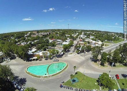 Aerial photo. Fountain in Garibaldi Avenue - Photos of Durazno city - Durazno - URUGUAY. Image #63407
