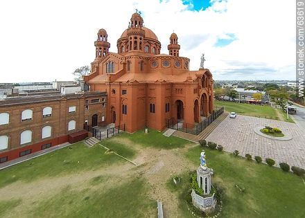 Aerial photo of Santuario Nacional del Sagrado Corazón de Jesús - Photos of Cerrito de la Victoria - Department and city of Montevideo - URUGUAY. Image #63619