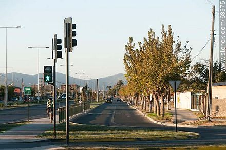 Condell and Vicuña Mackenna Streets - Photos of the City of Quillota - Chile - Others in SOUTH AMERICA. Image #63975