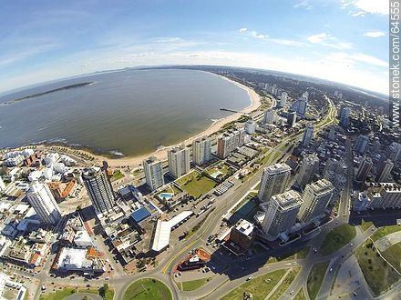 Aerial photo of the boardwalk Williman, Artigas Avenue and Mansa Beach - Photos of promenades - Punta del Este and its near resorts - URUGUAY. Image #64555