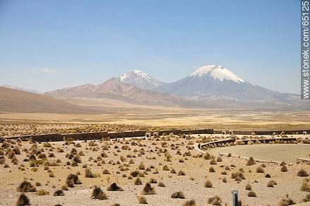 Nevados de Payachatas. Volcanoes and Parinacota Pomerape - Photos of the Province of Parinacota - Chile - Others in SOUTH AMERICA. Image #65125