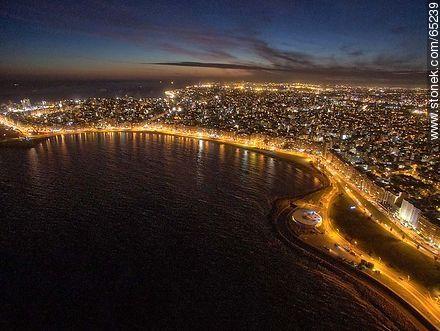 Nocturnal aerial photo of the Rambla Republic of Peru - Photos of Pocitos quarter - Department and city of Montevideo - URUGUAY. Image #65239