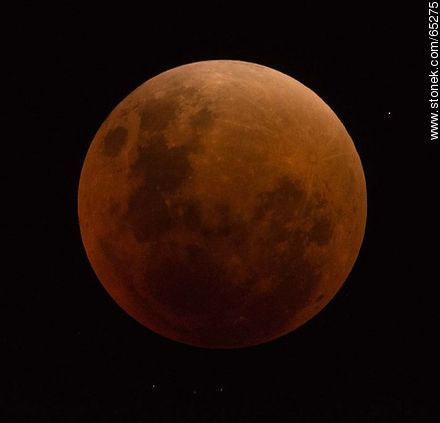 Total eclipse of the moon (2015) - Photos in Black and White. - MORE IMAGES. Image #65275