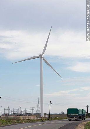 Wind farm Artilleros - Photos of rural area of Colonia - Department of Colonia - URUGUAY. Image #65485