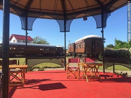 Gazebo in the railway museum - Photos of Colonia del Sacramento - Department of Colonia - URUGUAY. Image #65531