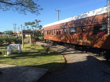 Exterior of old wagons - Photos of Colonia del Sacramento - Department of Colonia - URUGUAY. Image #65554