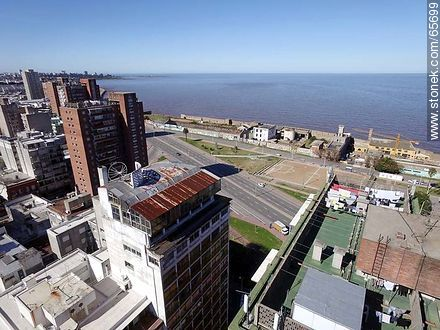 Aerial view from Florida Street - Photos of downtown - Department and city of Montevideo - URUGUAY. Image #65699