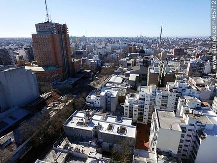 Aerial view of Soriano street - Photos of downtown - Department and city of Montevideo - URUGUAY. Image #65712