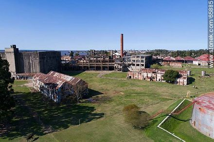 Aerial photo of the Barrio Anglo former Anglo meat processing plant - Photos of Fray Bentos, URUGUAY. Image #65885