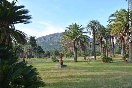 Park around the castle of Piria - Photos of Piriapolis - Department of Maldonado - URUGUAY. Image #65988