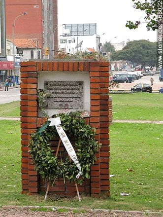 Tribute to fallen soldiers in guerrilla actions 1972 - 2003 - Extra photos of Montevideo., URUGUAY. Image #66022