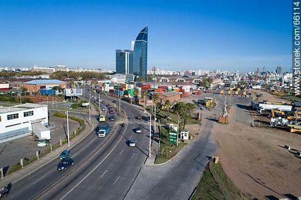 Aerial photo of the rambla Edison and Antel tower - Photos of the Port area - Department and city of Montevideo - URUGUAY. Image #66114