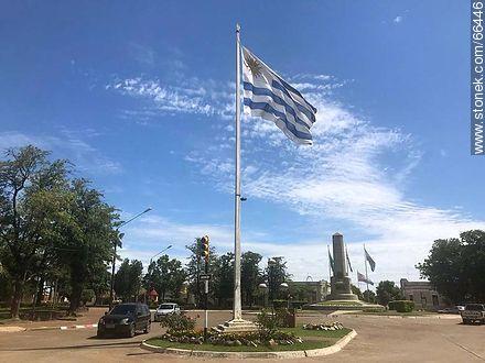 Plaza Batlle y Ordóñez - Photos of the City of Artigas - Artigas - URUGUAY. Image #66446