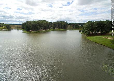 Aerial view of the lake of the resort Iporá - Photos of Iporá resort - Tacuarembo - URUGUAY. Image #66584