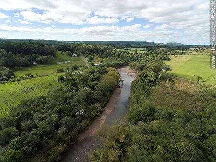 Aerial photo of Jabonería stream in Valle Edén - Photos of Valle Edén - Tacuarembo - URUGUAY. Image #66576