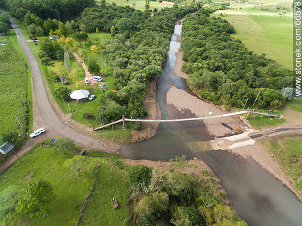 Aerial photo of Jabonería stream in Valle Edén - Photos of Valle Edén - Tacuarembo - URUGUAY. Image #66578