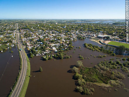 Aerial view of the high Rio Negro  river - Photos of the city of Paso de los Toros - Tacuarembo - URUGUAY. Image #66610