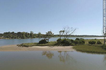 Aerial view of wetlands of Arroyo Maldonado - Photos of rural area of Maldonado - Department of Maldonado - URUGUAY. Image #66689