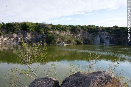 Cerro Carmelo quarry - Photos of rural area of Colonia - Department of Colonia - URUGUAY. Image #66731