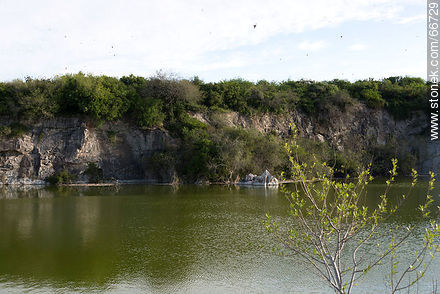 Cerro Carmelo quarry - Photos of rural area of Colonia - Department of Colonia - URUGUAY. Image #66729
