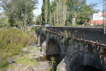 Bridge on Route 21 over the Las Víboras stream - Photos of rural area of Colonia - Department of Colonia - URUGUAY. Image #66753