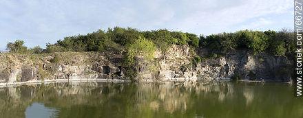 Cerro Carmelo quarry - Photos of rural area of Colonia - Department of Colonia - URUGUAY. Image #66727