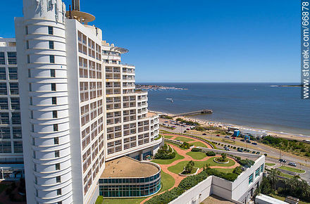 Aerial side view of Enjoy Hotel (ex Conrad). Williman Wadi. Mansa Beach - Photos of promenades - Punta del Este and its near resorts - URUGUAY. Image #66878