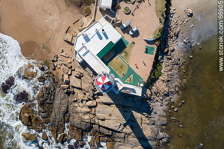 Aerial zenithal view of the lighthouse - Photos of Jose Ignacio - Punta del Este and its near resorts - URUGUAY. Image #66905