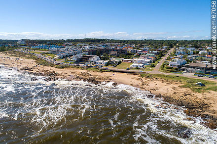 Aerial view of Bikini beach in Manantiales - Photos of La Barra and Manantiales - Punta del Este and its near resorts - URUGUAY. Image #67056