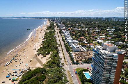 Aerial photo of the Rambla Williman on Playa Mansa - Photos of promenades - Punta del Este and its near resorts - URUGUAY. Image #67111