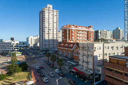 Aerial photo of 31st Street - Photos of Peninsula de Punta del Este - Punta del Este and its near resorts - URUGUAY. Image #67176