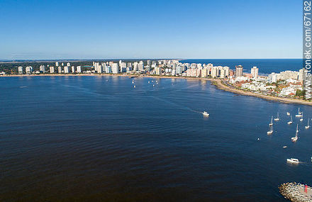 Aerial view of the bay of Punta del Este - Photos of Peninsula de Punta del Este - Punta del Este and its near resorts - URUGUAY. Image #67162