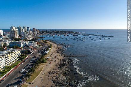 Aerial view of the Artigas Wadi and the port of Punta del Este - Photos of promenades - Punta del Este and its near resorts - URUGUAY. Image #67150