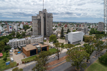 Aerial view of the Health Area, medical schools, CUDIM, Hospital de Clínicas - Photos of Parque Batlle quarter - Department and city of Montevideo - URUGUAY. Image #67264