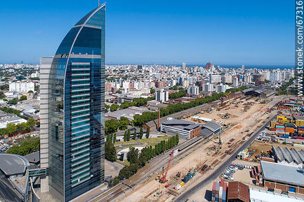 Aerial photo of the works in the South America Rambla. View to the south. January 2020 - Photos of the ANTEL complex - Department and city of Montevideo - URUGUAY. Image #67316
