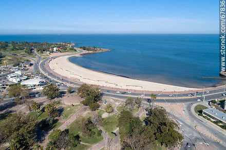 Aerial view of Ramírez Beach and Rambla Pte. Wilson - Photos of Parque Rodo and Playa Ramirez - Department and city of Montevideo - URUGUAY. Image #67836