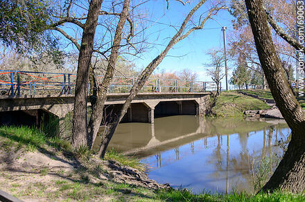 The Blanquillo stream and the bridge on route 42 - Photos of the camping Blanquillo - Durazno - URUGUAY. Image #69063