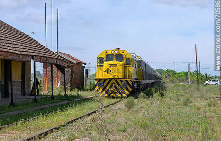 Old railroad station of Montes. Loading train from Minas - Department of Canelones - URUGUAY. Photo #70586