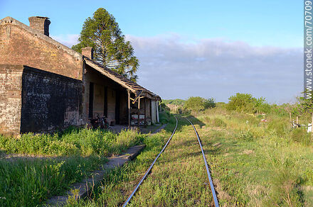 The old station transformed into a home - Department of Canelones - URUGUAY. Photo #70709