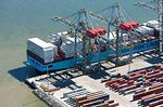 Foto #58249 - Aerial view of cranes at Terminal Cuenca del Plata in operation unloading containers from a freighter Maersk Line