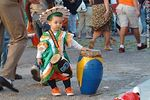 Photo #60578 - Child concentrate with his drum ready for the parade