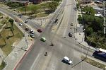 Foto #61120 - Aerial view of the intersection of Avenida Eugenio Garzón with Batlle y Ordóñez Boulevard