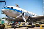 Photo #64655 - Refurbishing a Pluna Boeing DC-3 airplane